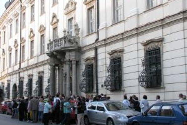 Vizita u trnavského arcibiskupa sa skončila.