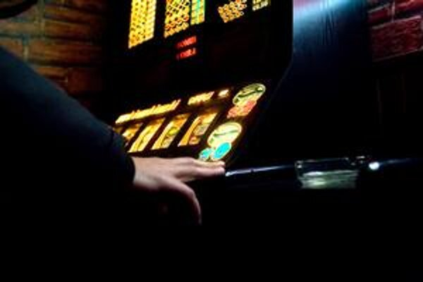 Obce sa vzdali tisícov eur od prevádzkovateľov automatov.