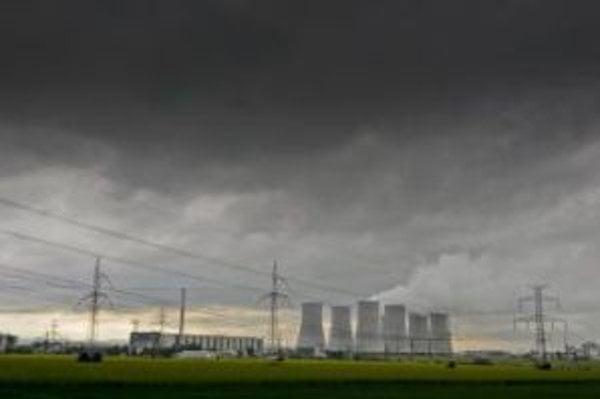 Sirény sa spustili pri inštalácii nového systému v jadrovej elektrárni.