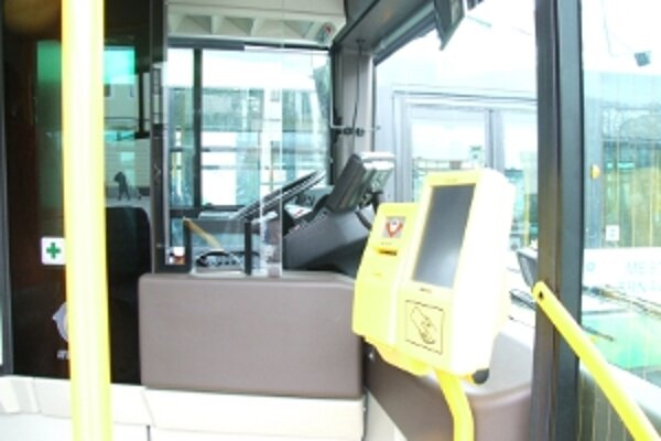 Autobusy na plyn. Strojčeky na lístky vraj v niektorých haprujú.