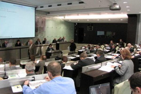 Trnavská samospráva by mala podľa Transparency International viac informovať aj o predaji majetku.