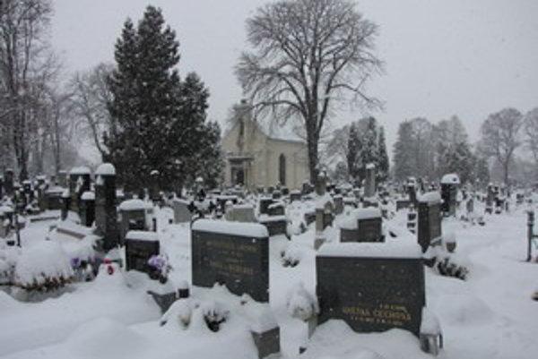 Od nového roka si zrejme za pohrebné služby priplatíme.