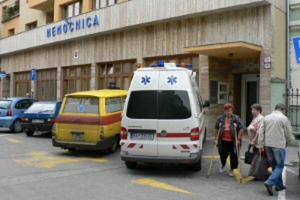 V piešťanskej nemocnici majú problémy s parkovaním