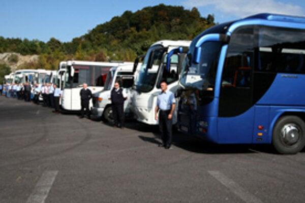Vplyv zavedenia mýta na náklady prevádzkovateľov prímestskej dopravy by sa mali riešiť jednotne na celom Slovensku.