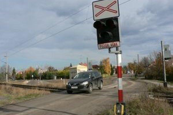 Železničné priecestie na Kamennej ceste v Trnave.