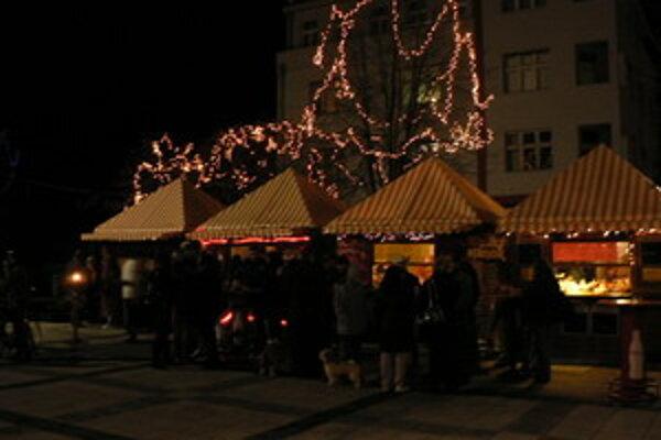 Vianočné trhy v Piešťanoch.