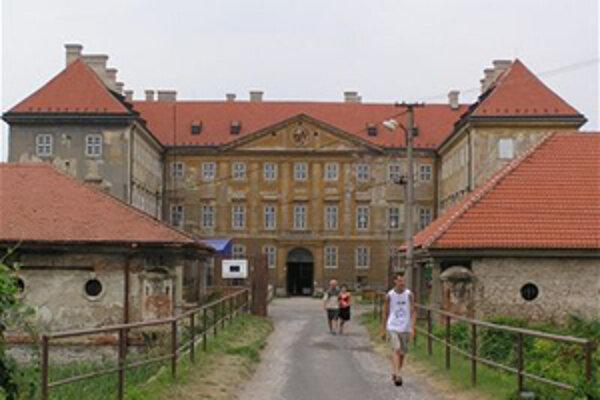 Turisti z celého Slovenska navštívia tento týždeň mnohé pamiatky na Záhorí.