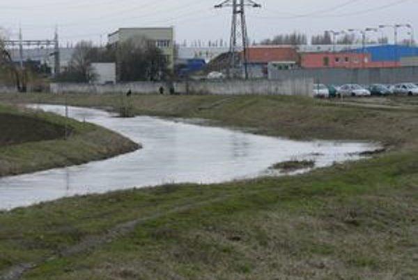 V utorok už 2. povodňový stupeň na Parnej zrušili.