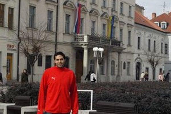 Sameh Nawar je v Trnave spokojný, stretol tu mnoho priateľských ľudí.
