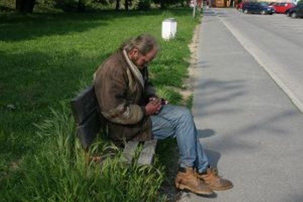 Ľudia bez domova budú mať k dispozícii útulky.