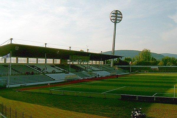 Mestský štadión na Sihoti.