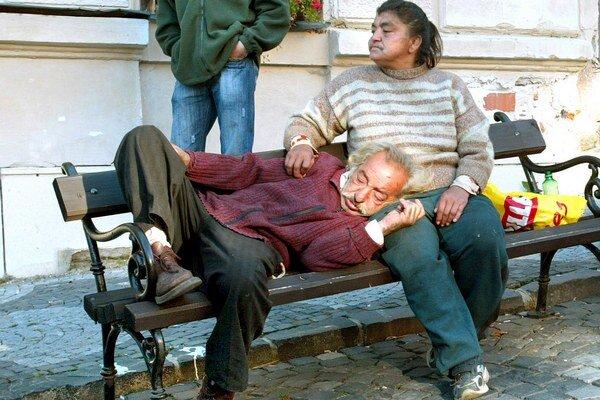Ľuďom prekáža na ľuďoch bez domova hlavne neporiadok.