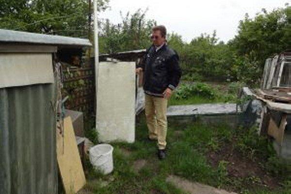 Záhradkári sú z častých krádeží zúfalí.