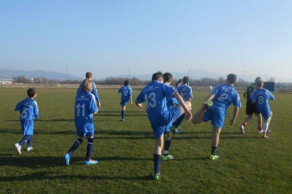 Začínajú sa už aj oblastné futbalové súťaže.