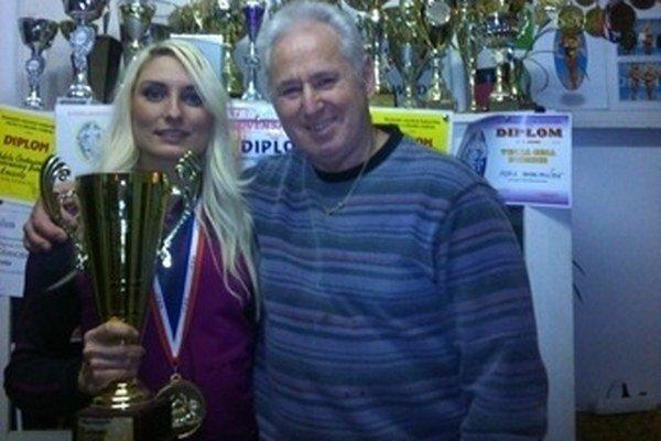Adela Ondrejovičová s trénerom Pavlom Jarábkom.