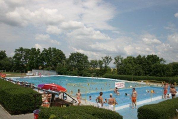 Kúpalisko Pažiť v Bánovciach otvoria 1. júna pre deti bezplatne.
