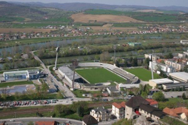 Mestský futbalový štadión nie je technicky v poriadku.