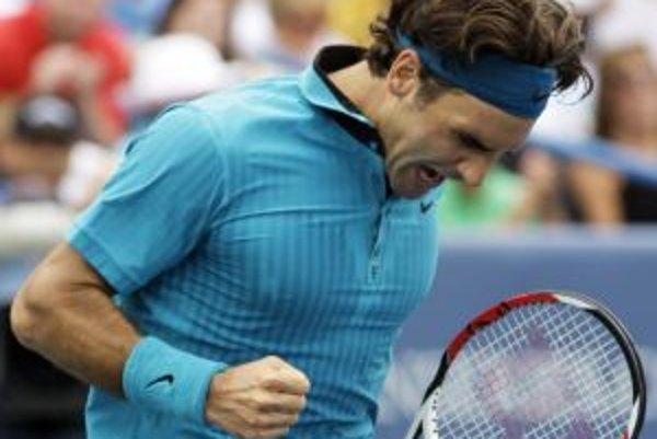 Roger Federer je na čele mužského rebríčka.