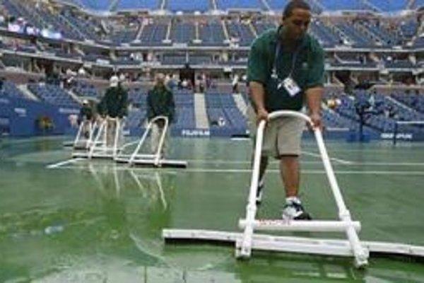 Záverečný program US Open 2009 sa musel kvôli počasiu posunúť na neskorší termín.