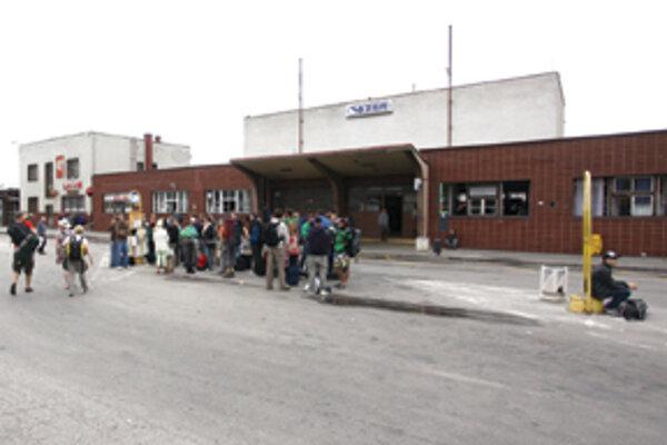 SIRS Developement, ktorú založili SAD Trenčín a SAD Žilina chce autobusovú stanicu vynoviť