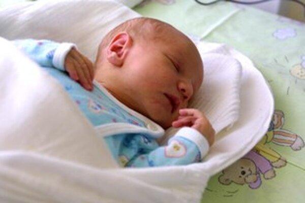 Ilustračné foto. Rodičia známkujú pôrodnice prideľovaním cumlíkov.