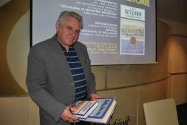 Ján Gálik je autorom rozsiahlej monografie Myjava v obrazoch histórie