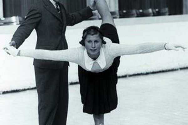 Magdalena Cecilia Colledgeová (1920 - 2008), zlatá na MS 1937 a dvakrát strieborná (1935 a 1938), trojnásobná majsterka Európy (1937 - 39), na ZOH 1932 ôsma a 1936 strieborná.