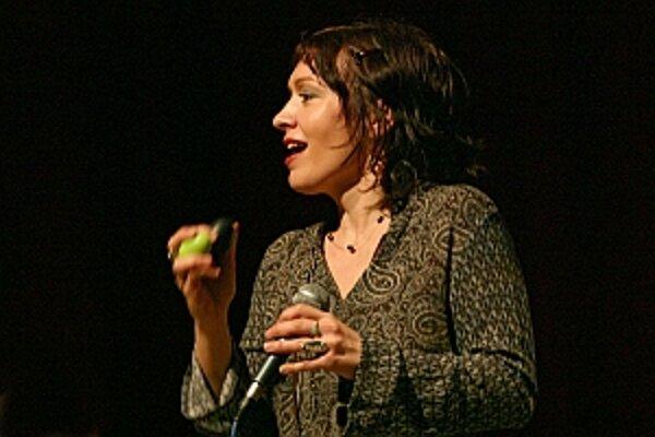 Silvia Josifoska osciluje v určitých momentoch na absolútnom výslní slovenskej džezovej scény.