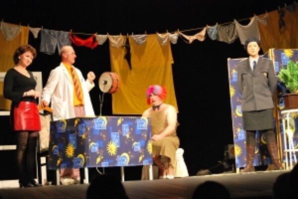 Cenu za šírenie slovenskej kultúry v zahraničí získal súbor zo srbského Kulpínu s hrou Dierkovou kľúčou.