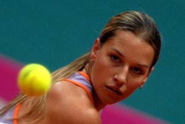 Dominika Cibulková postúpila z kvalifikácie do hlavnej súťaže turnaja Roland Garros. Osemnásťročná Bratislavčanka bude mať v Paríži grandslamovú premiéru. FOTO - TASR