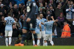 Hráči Manchesteru City mali šesť dôvodov na radosť.