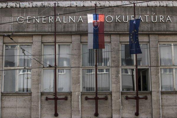 Generálna prokuratúra prešetruje raziu v Modldave nad Bodvou.