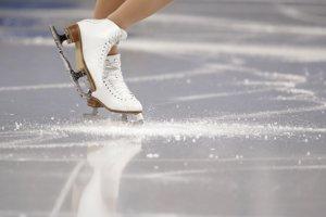 Detail na korčule líderky súťaže, Kórejčanky Yu Na Kim.