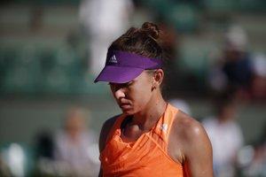 Simona Halepová počas semifinále Roland Garros proti Andrey Petkovicovej.