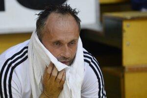 Tréner Dušan Poloz si po zápase sadol na lavičku a myslel si, že sa rozplače.