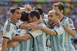 Argentínska radosť z gólu na 1:0.