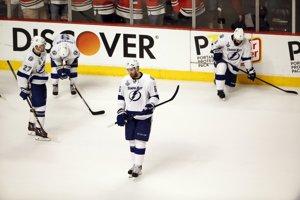 Hokejisti Tampy Bay smútia, druhý Stanley Cup v histórii klubu nevybojovali.