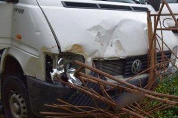 Dopravná nehoda sa našťastie zaobišla bez zranení.