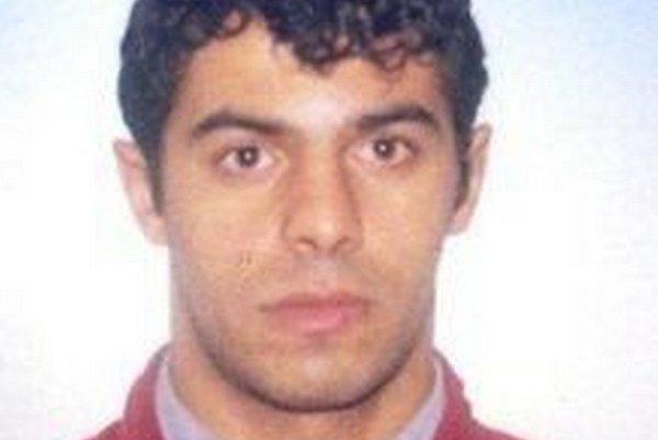 Na 31-ročného Marcela Baláža vydal Okresný súd v Považskej Bystrici príkaz na zatknutie pre prečin krádeže.