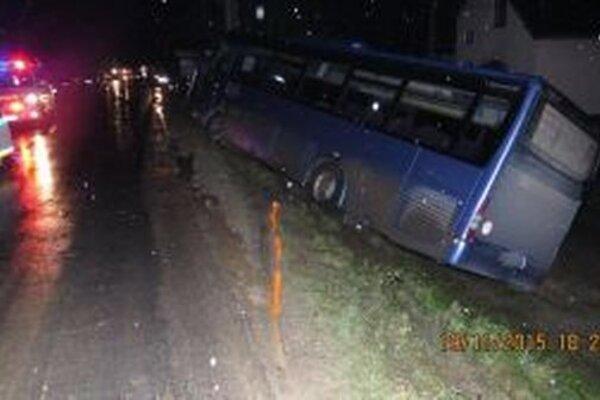 V čase dopravnej nehody sa v autobuse nenachádzal žiaden cestujúci.