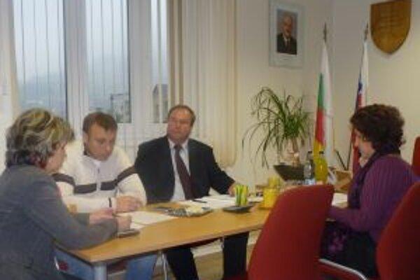 Starostovia obcí sa stretli na zasadnutí Mikroregiónu Kysucký triangel v Skalitom.