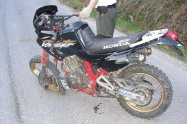 Pri nehode v Turzovke - Turkove vyhasol život motocyklistu.