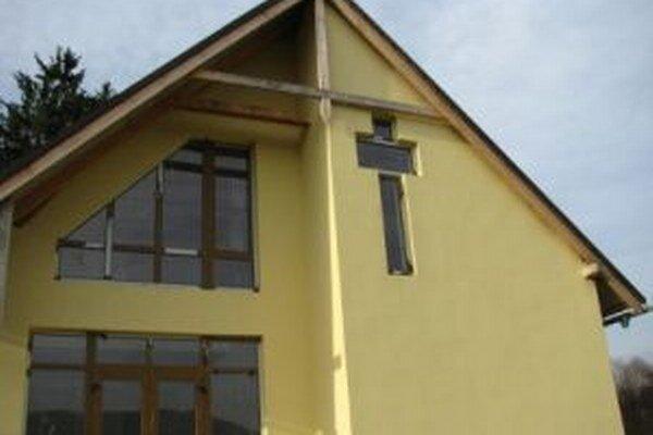 Dom smútku v Olešnej sa podarilo čiastočne dokončiť.