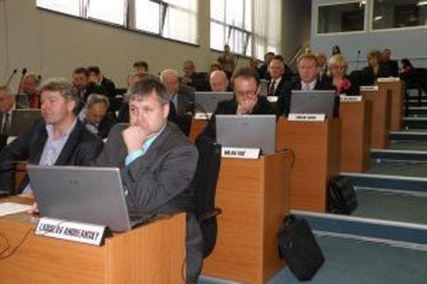 Rokovanie Zastupiteľstva Žilinského samosprávneho kraja si môžu najnovšie pozrieť obyvatelia prostredníctvom online prenosu.