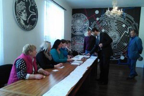 Juraj Blanár volil dnes vo Vysokej nad Kysucou.