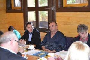 Starostovia združení v Mikroregióne Horné Kysuce rokovali v Klokočove.