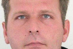 Na  37-ročného Vladimíra Horčičáka z Klokočova vydal Okresný súd v Čadci príkaz na zatknutie pre prečin zanedbania povinnej výživy.