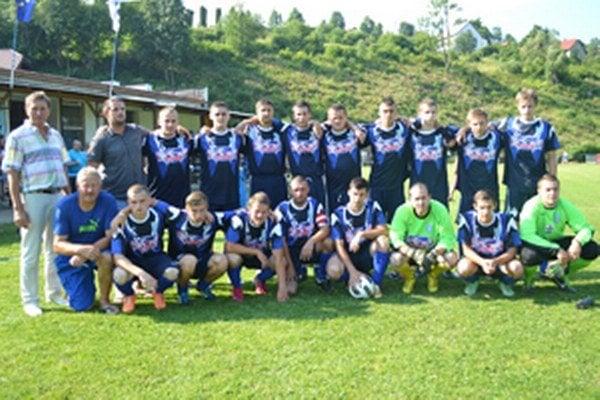 Slovan Podvysoká ovládol domáci turnaj.