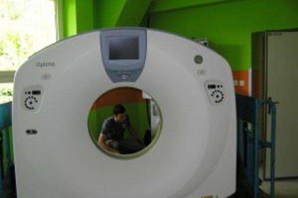 Na nové CT-čko čakali pacienti, i lekári pol roka.