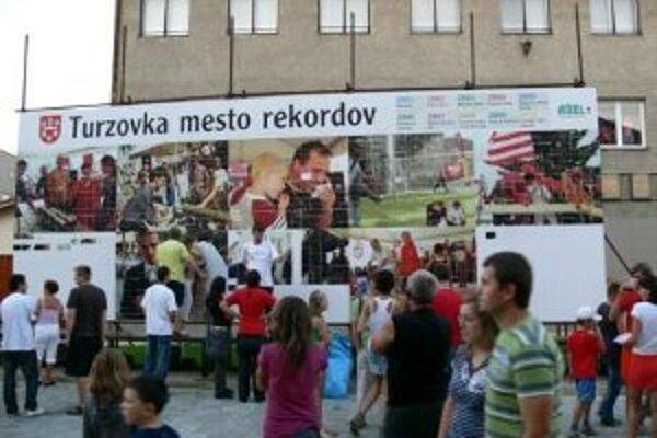 Ani tento rok nebude v Turzovke chýbať pokus Turzovčanov dosiahnuť rekord.
